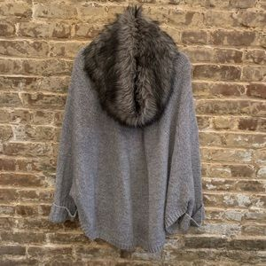 MMK Oversized Poncho w/ Faux Fur Removable Collar